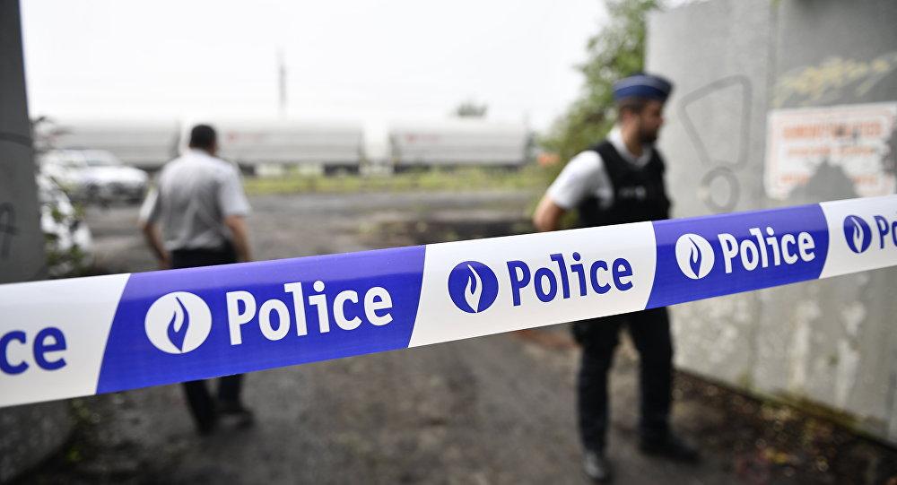 Число пострадавших при сходе поезда срельсов вБельгии выросло до 27