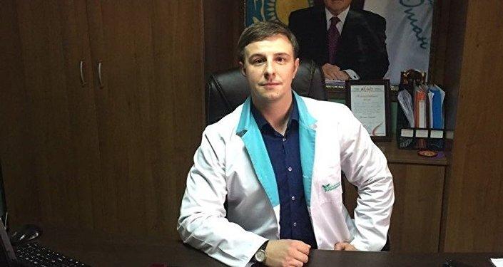 Врач-нарколог Дмитрий Бортничук