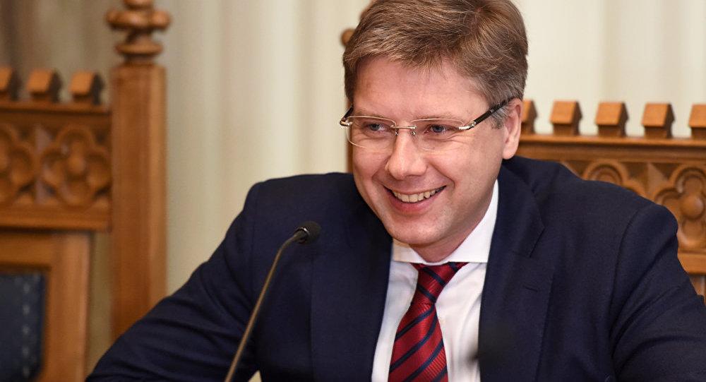 Мэра Риги снова собрались оштрафовать заиспользование русского языка