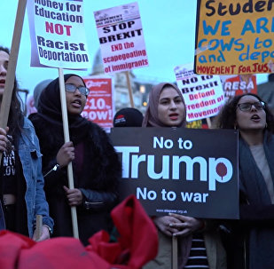 Londonieši sarīkojuši protesta akciju pret Donalda Trampa vizīti