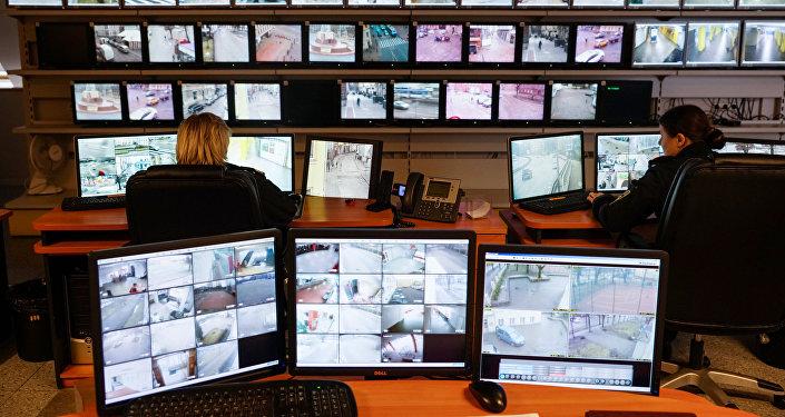 109 видеокамер обеспечивают безопасность рижан и гостей столицы