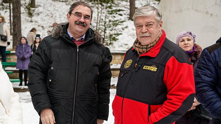 Директор санатория Янтарный берег Виктор Данилох и посол России в Латвии Евгений Лукьянов