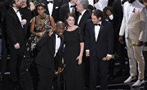 Oskara pasniegšana nominācijā Labākā filma ceremonijā Losandželosā 2017. gada 26. februārī. Statueti saņem filma Moonlight