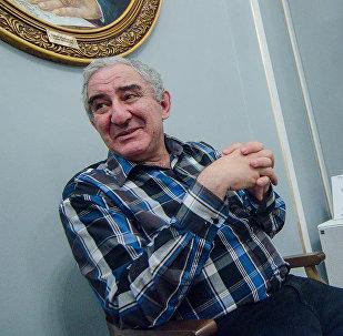 Музыкант Михаил Казиник, архивное фото