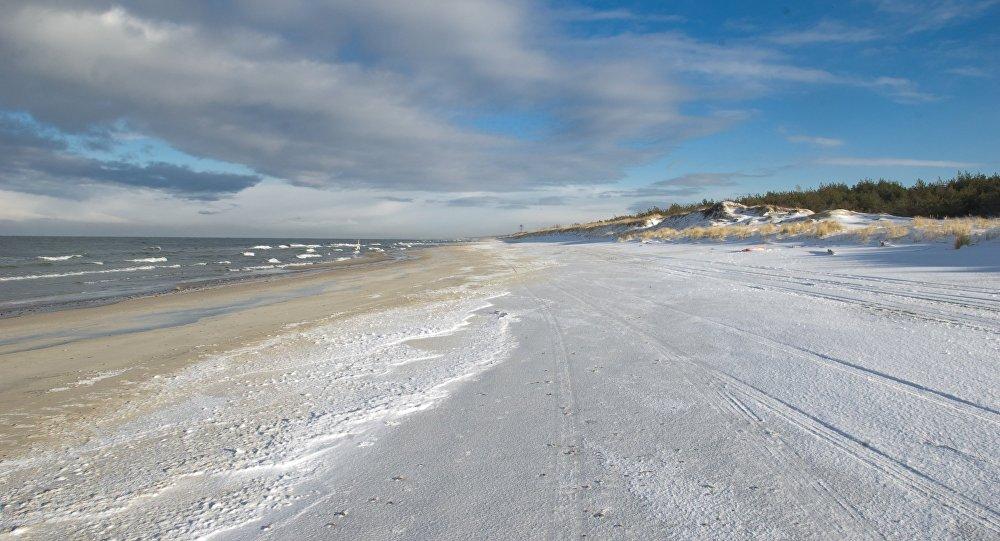 Морское побережье Балтийской косы зимой