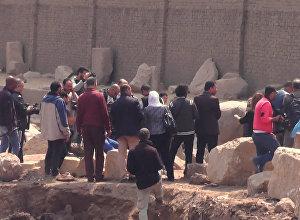 No senatnes dzīlēm: arheologi Kairā atraduši Ramzesa Lielā statuju