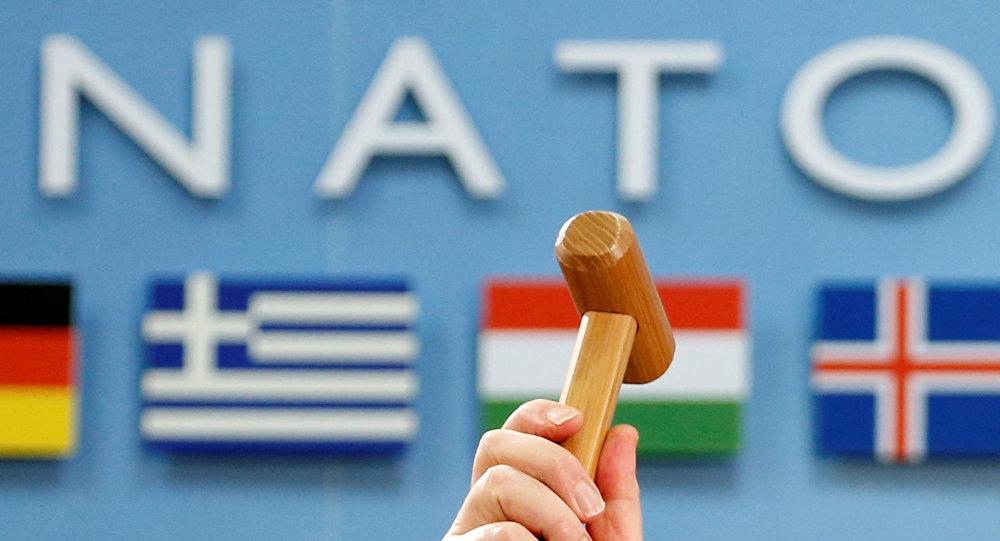 Столтенберг: Батальоны НАТО вВосточной Европе вышли науровень готовности