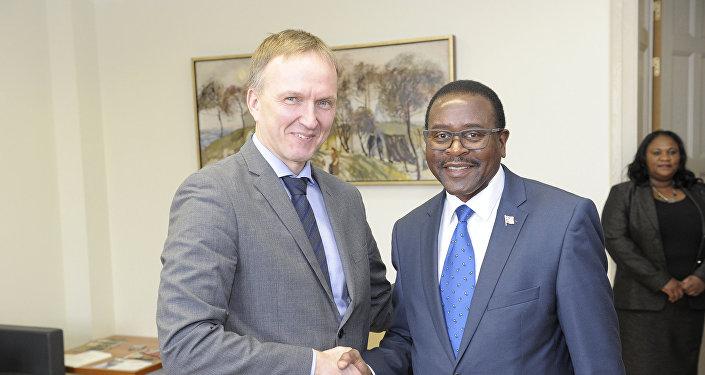 Встреча госсекретаря МИД Латвии Андрейса Пилдеговичса с послом Республики Намибия в Латвии Бонни Хауфику