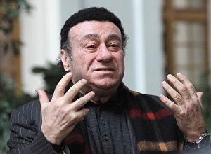 Operas dziedātājs Zurabs Sotkilava