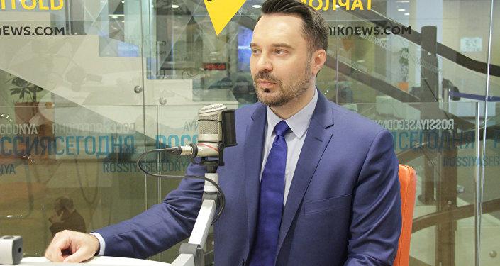 В студии Sputnik политолог Руслан Осташко