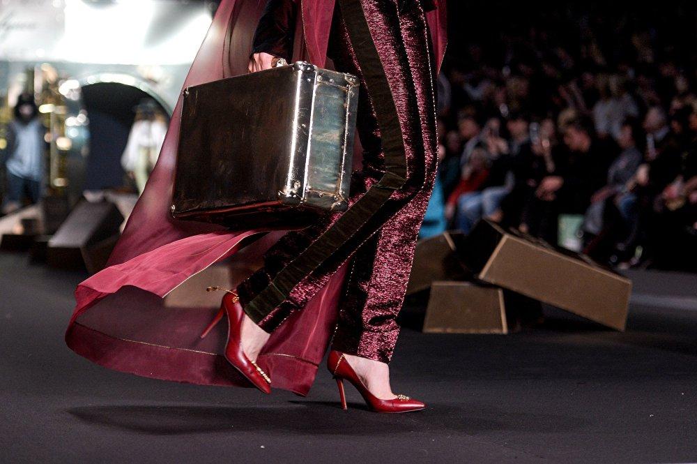 Mercedes-Benz Fashion Week Russia. Сезон осень-зима 2017-2018. День пятый