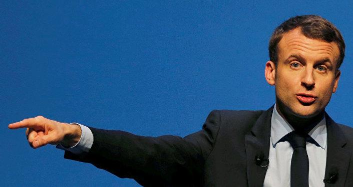 Francijas prezidenta kandidāts Emanuels Makrons