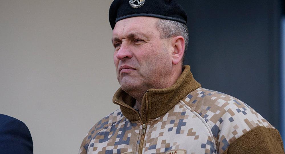 Nacionālo bruņoto spēku (NBS) konandieris Leonīds Kalniņš