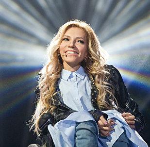 Dziedātāja Jūlija Samoilova