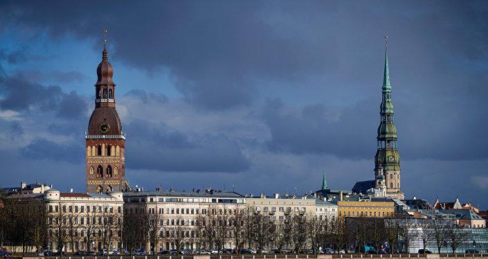 Башня Домского собора и Церковь Петра, вид на Старый город