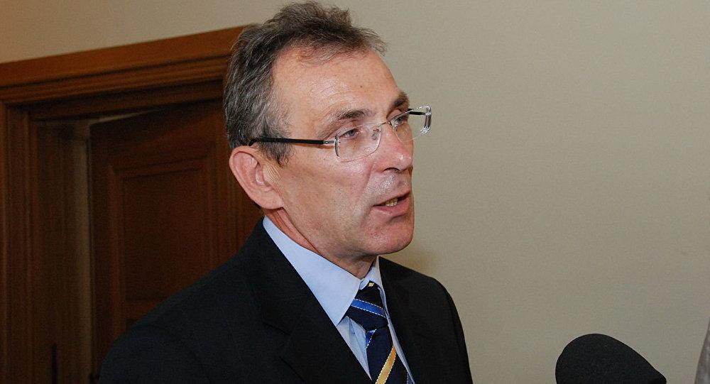 Vienotības partijas priekšsēdētājs Andris Piebalgs