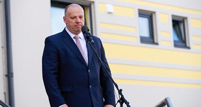 Министр обороны Латвии Раймонд Бергманис открыл новую казарму на авиабазе в Лиелварде. Архивное фото