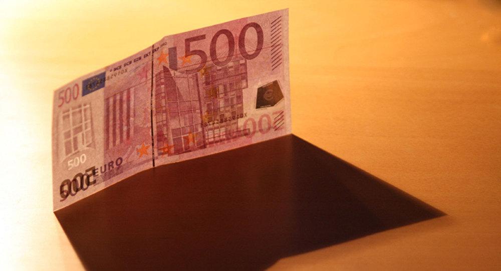 Kā Latvijai cauri plūst 1% visas pasaules dolāru darījumu. Foto no arhīva
