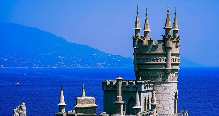 Крым, замок Ласточкино гнездо