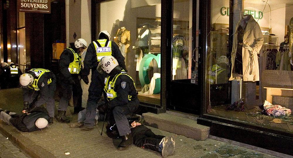 События Бронзовой ночи в Таллинне, архивное фото
