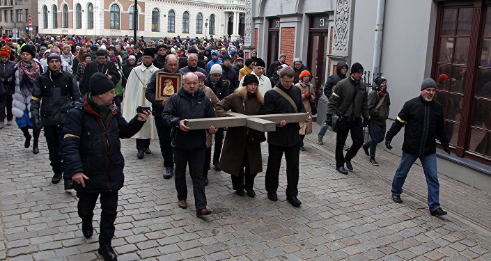 Экуменический крестный ход в Риге