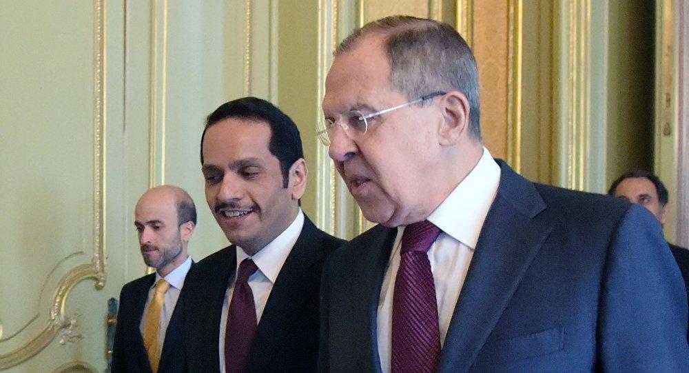 Министр иностранных дел РФ Сергей Лавров и министр иностранных дел Катара Мухаммед Аль Тани