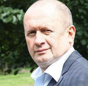 Krievijas sabiedriskās kustības Reformas - jaunais kurss priekšsēdētājs, politisko zinātņu kandidāts Sergejs Žuravskis