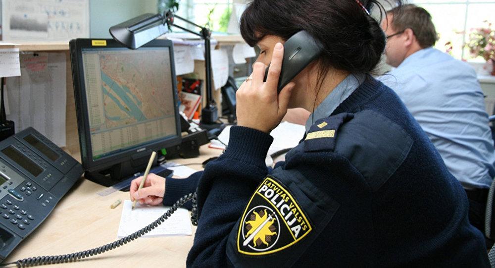 Полицейский Латвии, архивное фото