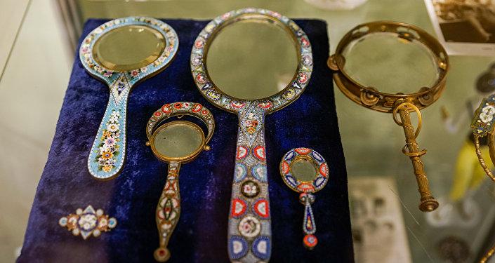 Зеркальца с флорентийской мозаикой