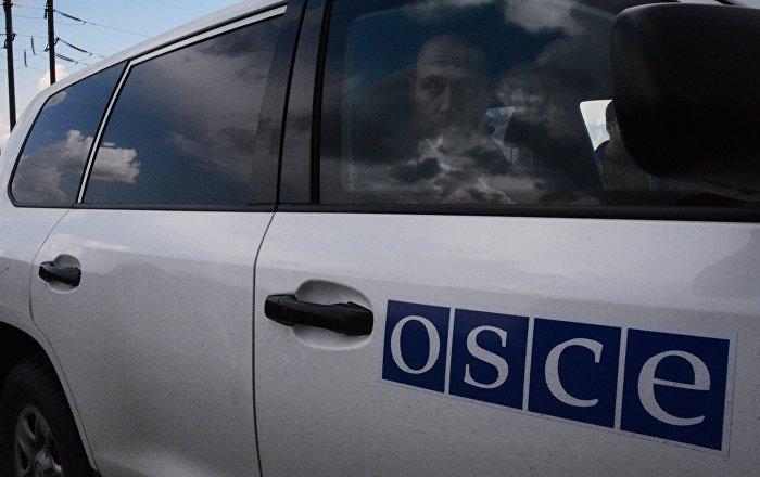 Автомобиль ОБСЕ в Донбассе, архивное фото