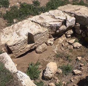 Antīkais altāris ar dievību figūrām: Sevastopolē atklāti seni artefakti