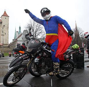 Латвийские байкеры открыли мотосезон