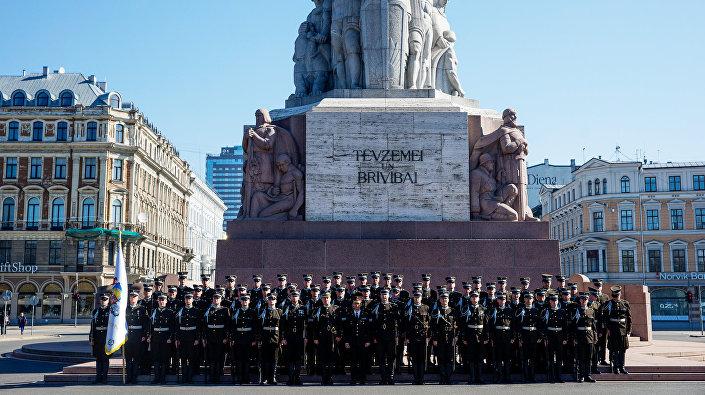 Рота почётного караула Штабного батальона Национальных вооружённых сил Латвии
