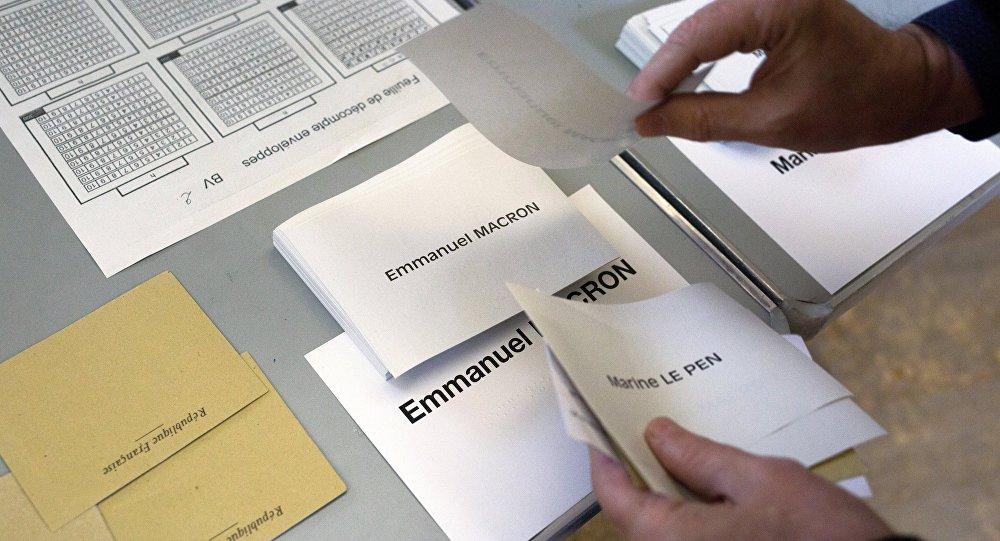 Balsošana Francijā. Foto no arhīva