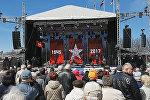Экс-депутат Рубикс поздравил рижан с днем Победы