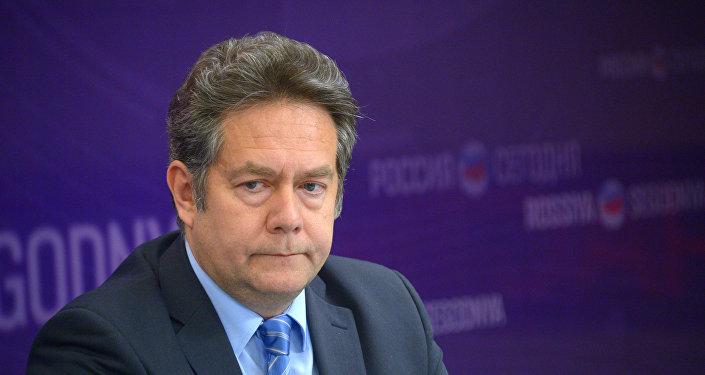 Заведующий кафедрой международных отношений и дипломатии Московского гуманитарного университета Николай Платошкин