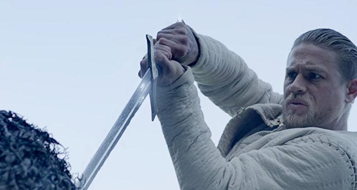 Скриншот трейлера фильма Гая Ричи Меч короля Артура