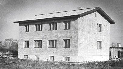 Архивное фото колхозного дома