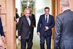 Встреча премьер-министра Латвии Мариса Кучинскиса и министра иностранных дел Индии Мобашара Джавада Акбара