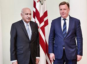 Latvijas premjerministra Māra Kučinska un Indijas ĀM vadītāja Mobašara Džavada Akbara tikšanās