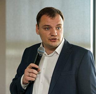 Коммерческий директор российской авиакомпании РусЛайн Александр Крутов