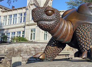 Скульптура Черепаха в Юрмале