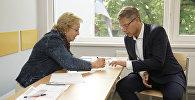 Мэр Риги Нил Ушаков на выборах в местные самоуправления