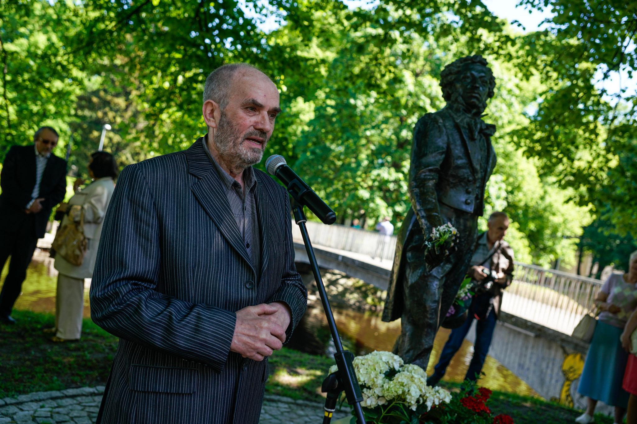 Председатель Пушкинского общества Латвии Леонид Ленц