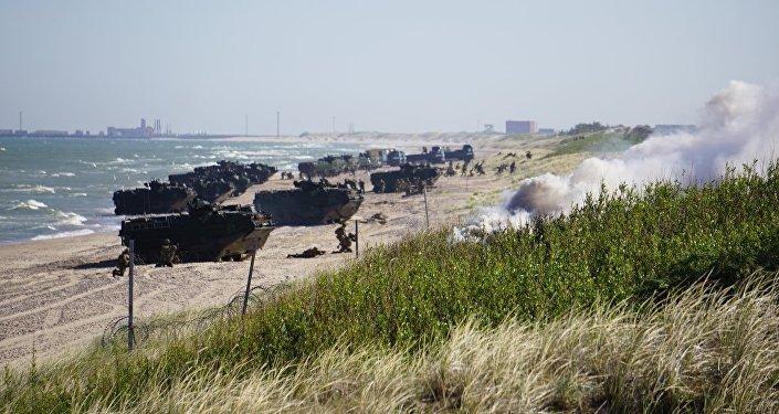 Высадка американского десанта возле Вентспилса в рамках учения BALTOPS