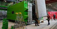 Готовая стеновая панель перемещают на склад