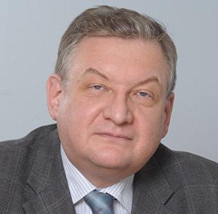 Проректор Финансового университета при Правительстве РФ Алексей  Зубец