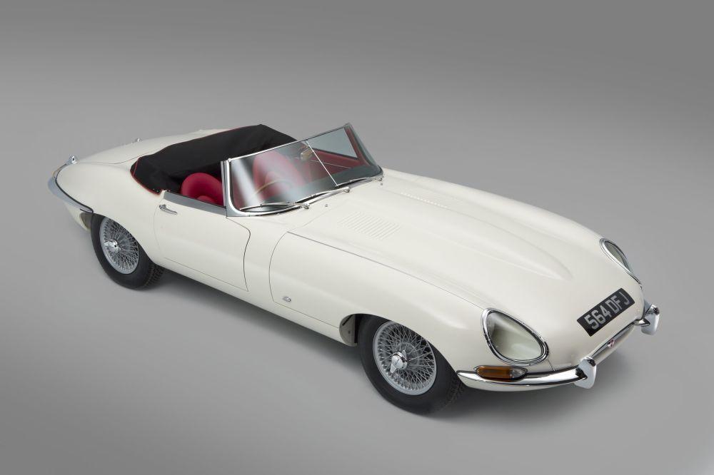 Automašīna Jaguar E-type