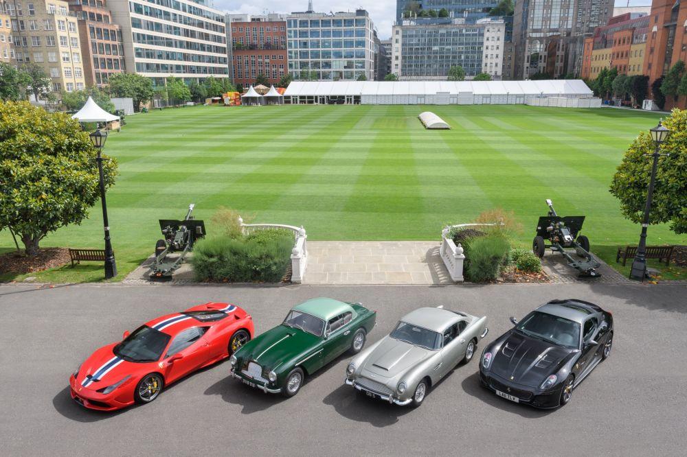 Superkāri un retas mašīnas izstādē City Concours Londonā
