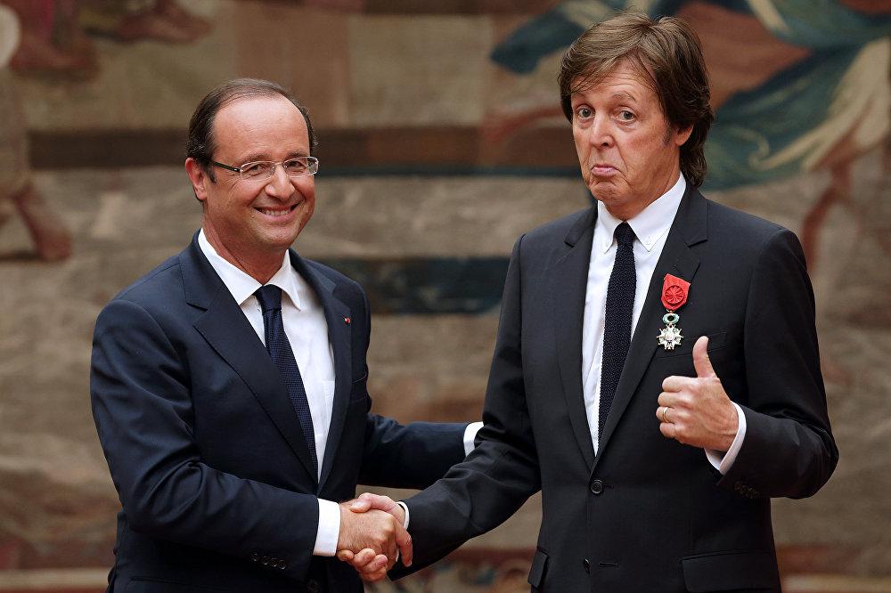 Французский президент Франсуа Олланд и экс - Битлз певец сэр Пол Маккартни